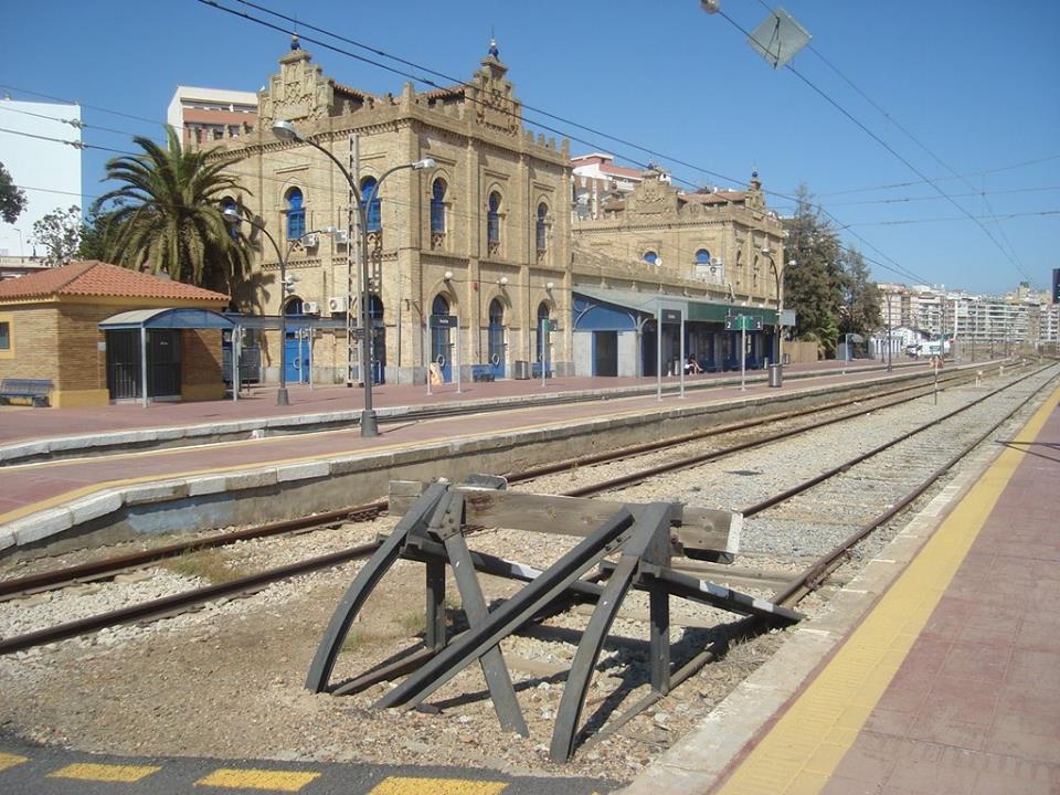 Renfe convierte a Huelva en un ínsula, por Antonio Ponce